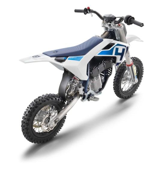 Husqvarna-EE-5-electric-dirt-bike-07