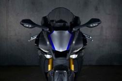 2020-Yamaha-YZF-R1M-11