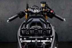 2020-Yamaha-YZF-R1M-12