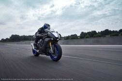 2020-Yamaha-YZF-R1M-36