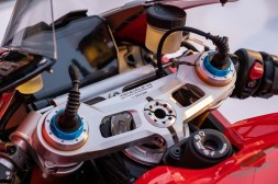 Ducati-Panigale-V4-25th-Anniversary-916-up-close-Andrew-Kohn-13