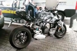 2020-Ducati-Streetfighter-V4-spy-photo-02