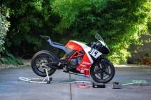 Intercomp two-wheel scale setup.