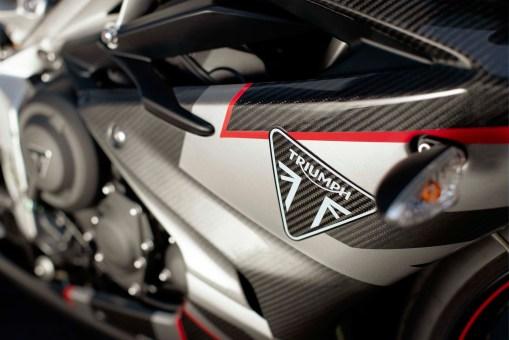 Triumph-Daytona-Moto2-765-USA-Canada-02