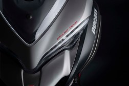 2020-Ducati-Multistrada-1260-Grand-Tour-14