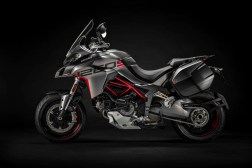 2020-Ducati-Multistrada-1260-Grand-Tour-27