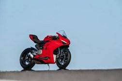 2020-Ducati-Panigale-V2-02