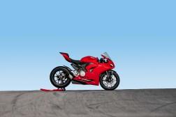 2020-Ducati-Panigale-V2-14