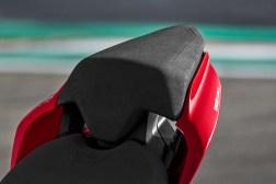 2020-Ducati-Panigale-V2-29