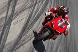 2020-Ducati-Panigale-V2-34