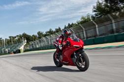 2020-Ducati-Panigale-V2-41