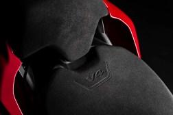 2020-Ducati-Streetfighter-V4-24