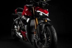 2020-Ducati-Streetfighter-V4-26