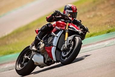 2020-Ducati-Streetfighter-V4-55