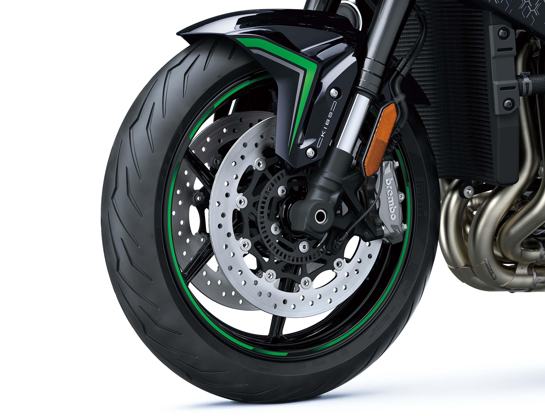 2020-Kawasaki-Z-H2-15