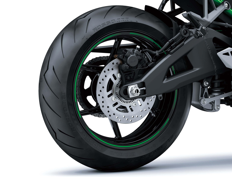2020-Kawasaki-Z-H2-16