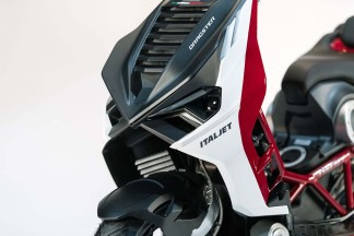 2019-Italjet-Dragster-scooter-14