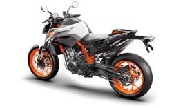 2020-2021-KTM-890-Duke-R-03