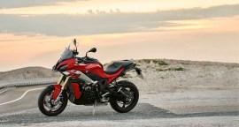 2020-BMW-S1000XR-28
