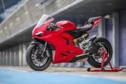 2020-Ducati-Panigale-V2-Jerez-launch-03