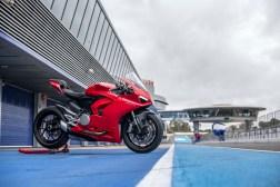 2020-Ducati-Panigale-V2-Jerez-launch-18