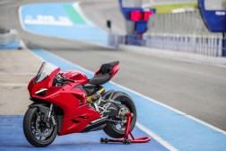2020-Ducati-Panigale-V2-Jerez-launch-27