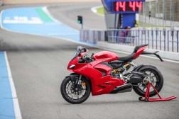 2020-Ducati-Panigale-V2-Jerez-launch-43