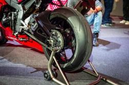 2020-Honda-CBR1000RR-R-03