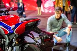2020-Honda-CBR1000RR-R-04