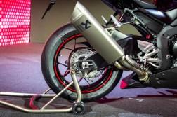 2020-Honda-CBR1000RR-R-14