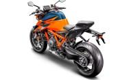 2020-KTM-1290-Super-Duke-R-14
