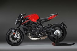 2020-MV-Agusta-Brutale-800-Rosso-02
