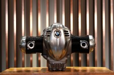 BMW-R18-boxer-engine-28