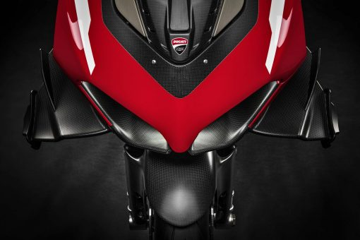 2020-Ducati-Superleggera-V4-12