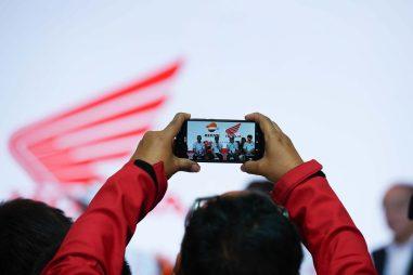 2020-Repsol-Honda-MotoGP-team-livery-14