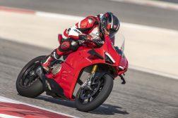 2020-Ducati-Panigale-V4-S-03