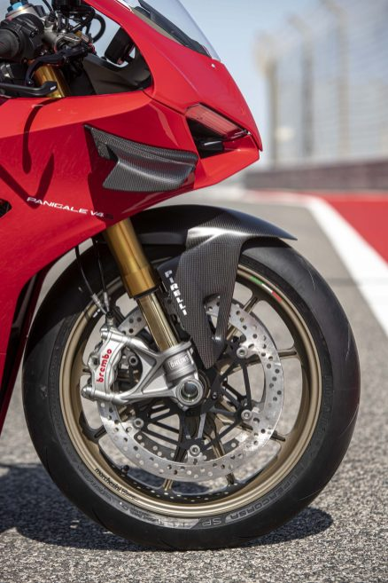 2020-Ducati-Panigale-V4-S-110
