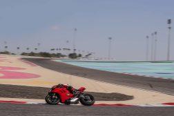 2020-Ducati-Panigale-V4-S-23