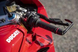 2020-Ducati-Panigale-V4-S-45