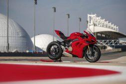 2020-Ducati-Panigale-V4-S-60