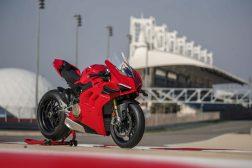2020-Ducati-Panigale-V4-S-61