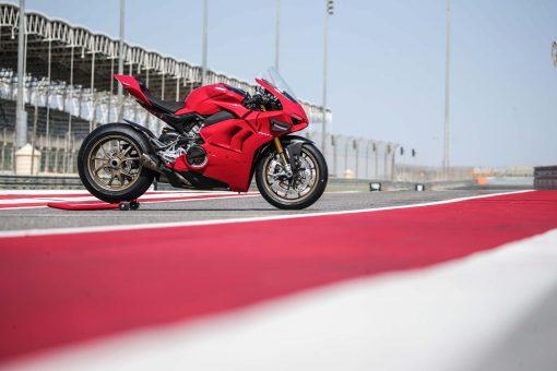 2020-Ducati-Panigale-V4-S-92