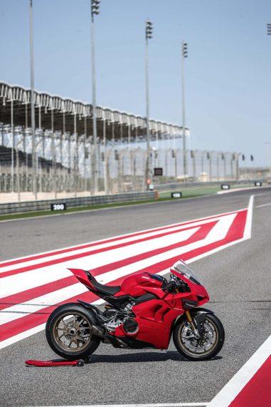 2020-Ducati-Panigale-V4-S-96