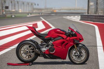 2020-Ducati-Panigale-V4-S-98