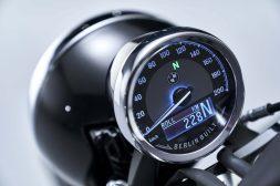 2020-BMW-R18-studio-31