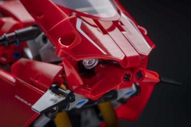 Ducati-Panigale-V4-R-Lego-model-04