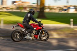 Ducati-Streetfighter-V4-S-review-Ryan-Phillips-18