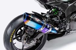 Kawasaki-Ninja-ZX-25R-carbon-fiber-race-bike-08