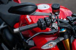 2020-Ducati-Streetfighter-V4-S-Jensen-Beeler-20