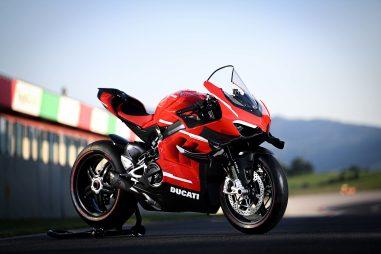 2020-Ducati-Superleggera-V4-16
